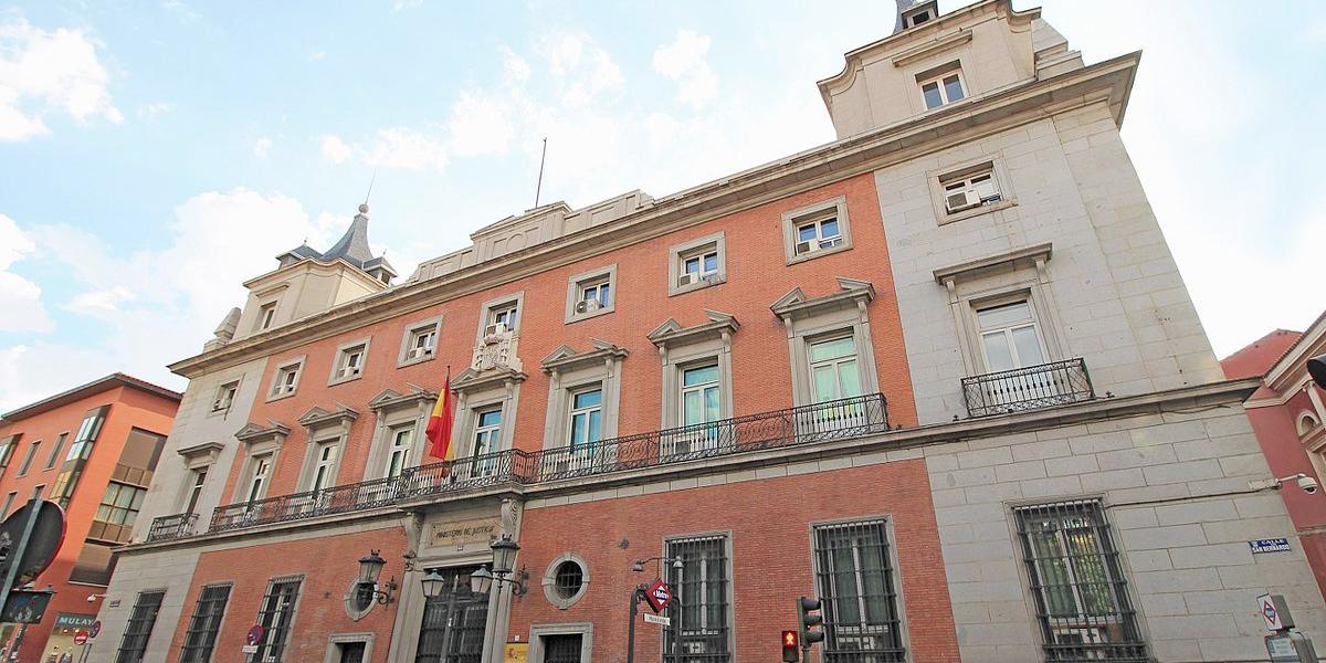 Fachada del Ministerio de Justicia, Madrid.